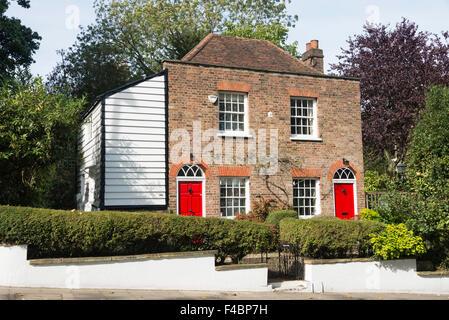Detached Gorgian house, Southwood Lane, Highgate, London Borough of Haringey, Greater London, England, United Kingdom - Stock Photo