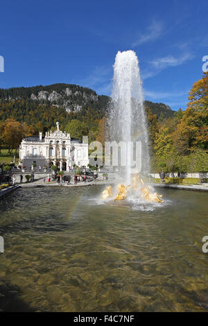 Linderhof Palace in autumn, castle with fountain, Upper Bavaria, Bavaria, Germany - Stock Photo
