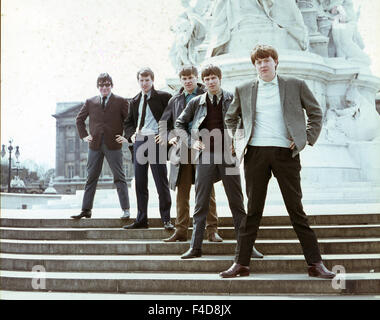 Image of: Rickenbacker The Animals Uk Pop Group On The Victoria Memorial London Oin Early 1966 Getty Images The Animals Uk Pop Group On Readysteadygo In 1966 From Left