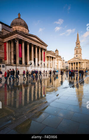 England, London, Trafalgar Square and National Gallery, late afternoon - Stock Photo