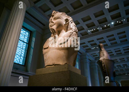 England, London, Bloomsbury, British Museum, Egyptian Room, partial statue of King Amenhotep III, 1370 BC - Stock Photo