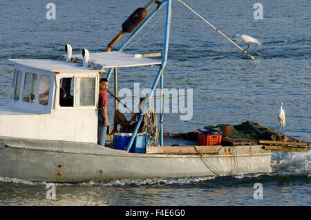 Guatemala, Izabal, Livingston. Port town located at the mouth of the Rio Dulce at the Gulf of Honduras. Early morning - Stock Photo