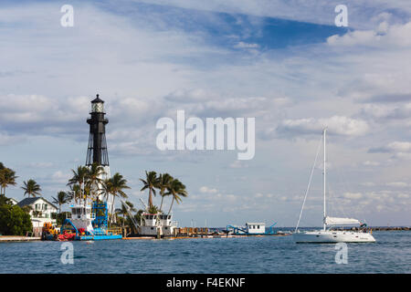 USA, Florida, Hillsboro Beach, Hillsboro Inlet Lighthouse. - Stock Photo