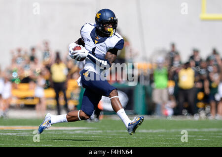 Waco, Texas, USA. 17th Oct, 2015. West Virginia Mountaineers wide receiver Shelton Gibson (1) during the NCAA Football - Stock Photo