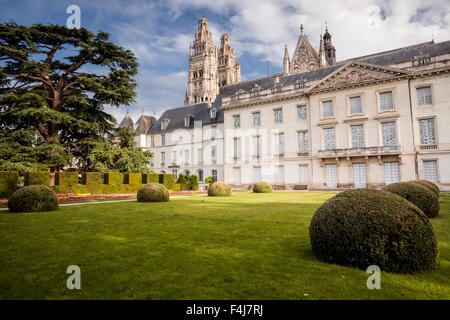 Looking across the gardens of Musee des Beaux Arts with Saint Gatien cathedral behind, Tours, Indre et Loire, Centre, - Stock Photo