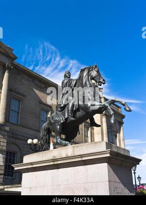 dh  PRINCES STREET EDINBURGH Duke of Wellington statue - Stock Photo