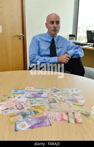 Innovia Films Chief Executive Officer ( CEO ) Mark Robertshaw. Polymer plastic bank notes are produced by Innovia - Stock Photo