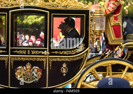 London, UK. October 20th 2015. Following a Ceremonial welcoming to the UK by the Queen and The Duke of Edinburgh - Stock Photo