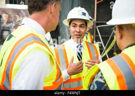 San Diego, California, USA. 19th Oct, 2015. U.S. Secretary of Housing and Urban Development Julian Castro visits - Stock Photo