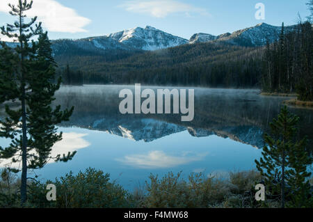 Sylvan Lake, Yellowstone NP, Wyoming, USA - Stock Photo