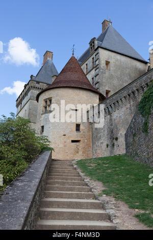 The access stairs to the listed 'de Biron' castle (Dordogne - France). L'escalier d'accès au château classé de Biron - Stock Photo