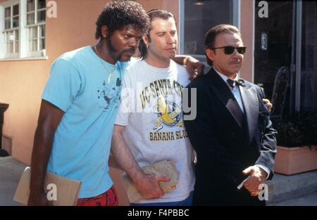 Samuel L. Jackson, John Travolta, Harvey Keitel / Pulp Fiction 1994 directed by Quentin Tarantino