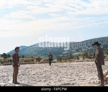 Eli Wallach, Clint Eastwood, Lee Van Cleef / The Good, The Bad And The Ugly 1966 directed by Sergio Leone - Stock Photo