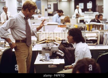Robert Redford and Dustin Hoffman / All the President's Men / 1976 directed by Alan J. Pakula - Stock Photo