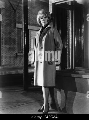 Rita Hayworth / The Money Trap / 1966 directed by Burt Kennedy