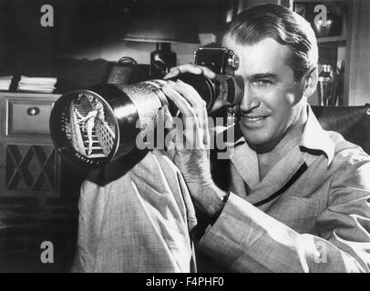 James Stewart / Rear Window / 1954 directed by Alfred Hitchcock [Paramount Pictures] - Stock Photo