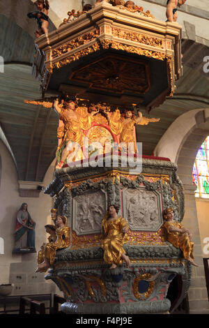 France, Brittany, Saint-Thegonnec, Pulpit in the church of Notre-Dame - Stock Photo