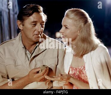 Robert Mitchum and Carroll Baker / Mister Moses / 1965 directed by Ronald Neame [United Artists]