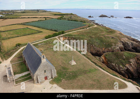 France, Brittany, am La Pointe Saint-Mathieu, view from the lighthouse to the Chapel Pointe Saint-Mathieu - Stock Photo