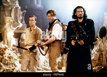 John Hannah, Brendan Fraser and Oded Fehr / The Mummy / 1999 / directed by Stephen Sommers / [Universal Pictures] - Stock Photo