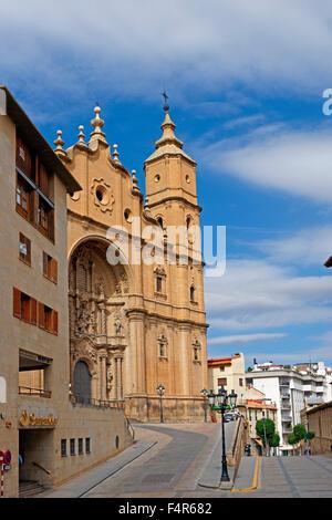 Europe, Spain, Aragon, Alcaniz, Plaza de Espana, church, Santa Maria la mayor, architecture, trees, buildings, constructions, - Stock Photo
