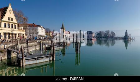 Germany, Europe, Bayern, village, water, winter, lake, Mangturm, tower, Lindau, harbour, Lake Constance, Bodensee, - Stock Photo