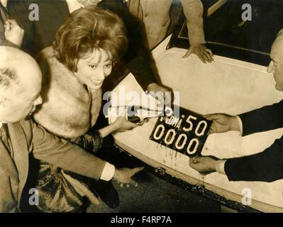 Italian actress Miranda Martino opened the car number plate 500000 Rome, Italy - Stock Photo