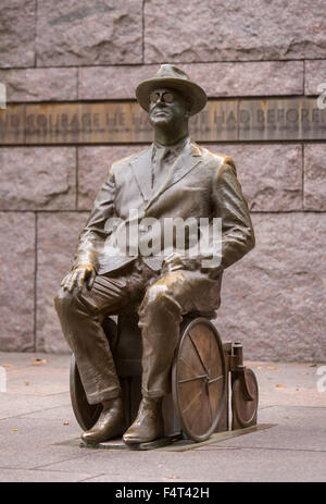 WASHINGTON, DC, USA - Franklin Roosevelt Memorial. Bronze statue of FDR in wheelchair. - Stock Photo