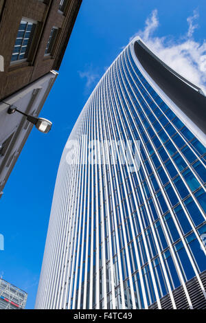 England, London, City, 20 Fenchurch Street aka The Walkie-Talkie Building, Architect Rafael Vinoly - Stock Photo