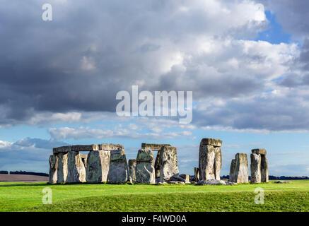 Stonehenge, near Amesbury, Wiltshire, England, UK - Stock Photo