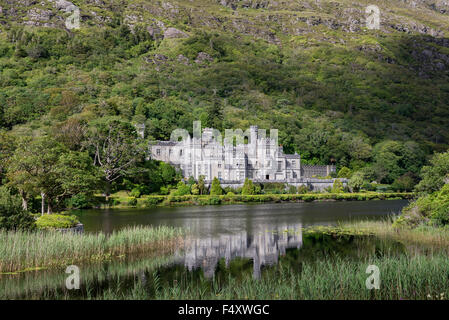Benedictine abbey Kylemore Abbey, County Galway, Ireland - Stock Photo