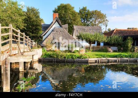 Bridge Cottage, Flatford, Suffolk, England, UK - Stock Photo