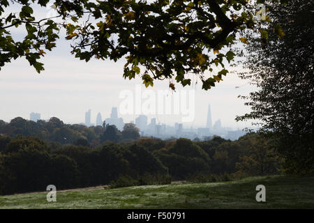 London, UK. 25th Oct 2015. London skyline from Kenwood. Londoners enjoy a lovely autumn day on Hampstead Heath. - Stock Photo