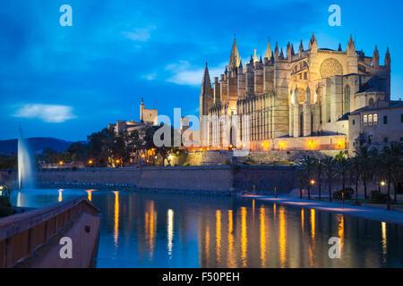Cathedral San Seu in Palma de Mallorca by night - Stock Photo