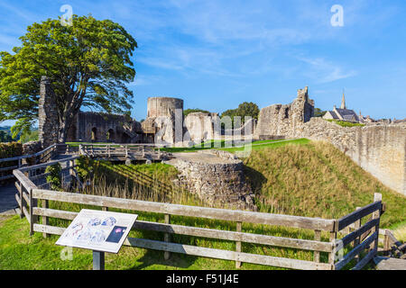 The Inner Ward of the castle in the town of Barnard Castle, County Durham, England, UK - Stock Photo