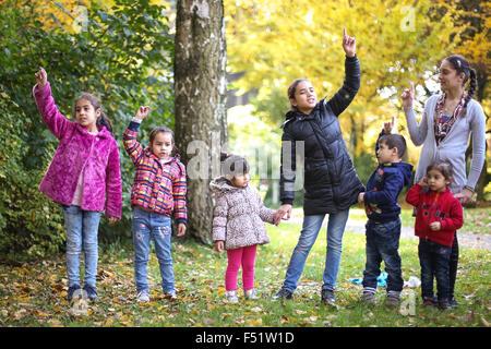Gelsenkirchen, Germany. 26th Oct, 2015. Children singing in Gelsenkirchen, Germany, 26 October 2015. The Family - Stock Photo