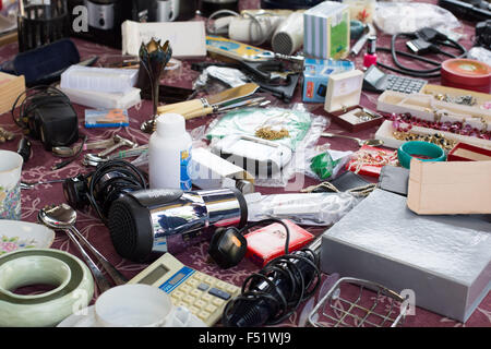 Car boot sale yorkshire uk stock photo royalty free image 25003745 alamy - Broc a brac 51 ...