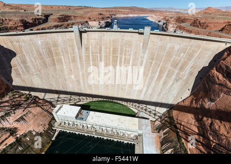 Glen Canyon Dam on the Colorado River near page, Arizona. - Stock Photo