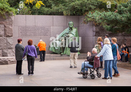 WASHINGTON, DC, USA - Tourists visit the Franklin Roosevelt Memorial. - Stock Photo