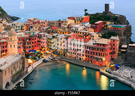 Vernazza (Latin: Vulnetia) is a town and commune located in the province of La Spezia, Liguria, northwestern Italy. - Stock Photo