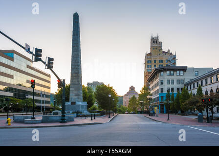 Downtown view of Asheville, North Carolina from Patton Avenue toward Asheville City Hall. USA - Stock Photo