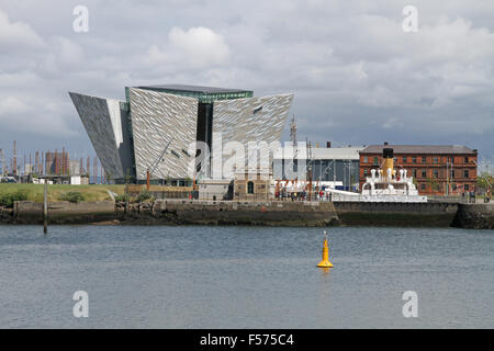 The Titanic Visitors Centre  and SS Nomadic in Belfast's Titanic Quarter - Stock Photo