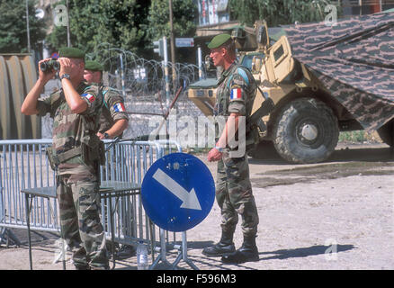 NATO intervention in Kosovo, July 2000, checkpoint of the French Foreign Legion  on bridge of Mitroviza that divides - Stock Photo