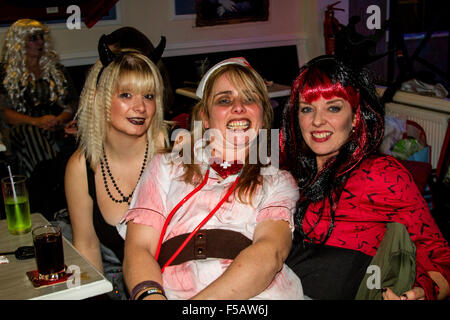 Dundee, Tayside, Scotland, UK, 31st October 2015 Halloween fundraiser event for the special Bay Baby`s Unit at Ninewells - Stock Photo
