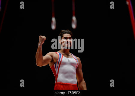Glasgow, UK. 31st Oct, 2015. LOUIS SMITH from the United Kingdom competes on pommel horse during the first day of - Stock Photo