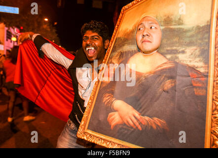 Los Angeles, USA. 31st Oct, 2015. Revelers attend the West Hollywood Halloween costume carnival on Santa Monica - Stock Photo