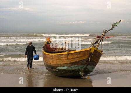 Vietnam, Mui Ne, Mui Ne Beach, Fishing Catch. fishing village, Bình Thuận Province, Vietnam. - Stock Photo