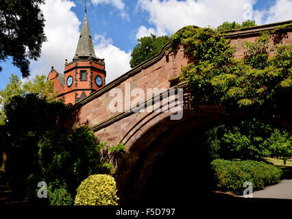 The Iconic Port Sunlight Dell Bridge and on the other side - The Lyceum - Stock Photo