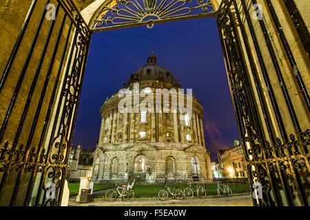 Radcliffe Camera at night, Oxford, Oxfordshire, England, United Kingdom, Europe - Stock Photo