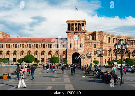 Republic Square, Government of the Republic of Armenia building, Yerevan, Armenia, Caucasus, Central Asia, Asia - Stock Photo